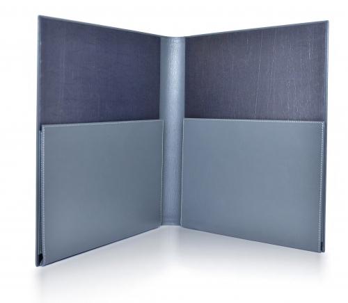 Папка с двумя горизонтальными карманами